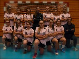 Les 18 ans féminines et leur coach